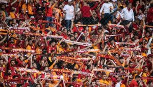 Türk Telekom Stadyumu'nda seyirci rekoru kırıldı