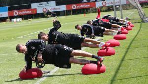 Beşiktaş Futbol Takımı'nda 8 kişinin Kovid-19 testi pozitif çıktı