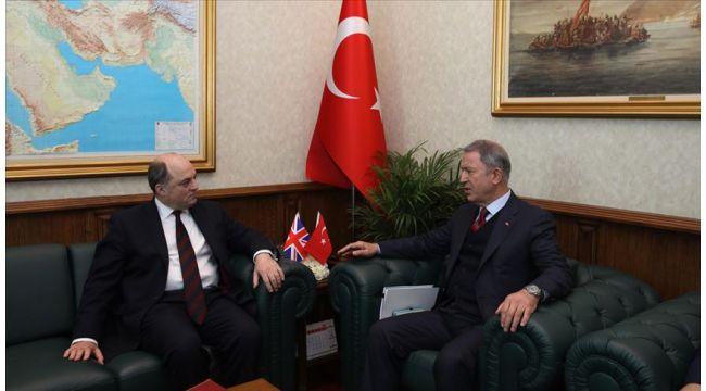 Milli Savunma Bakanı Akar, Birleşik Krallık Savunma Bakanı Ben Wallace ile telefonda görüştü