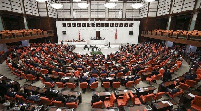Son dakika... Ekonomik alanda düzenlemeler içeren kanun teklifi Meclis'e sunuldu
