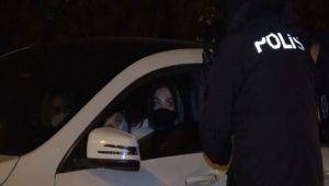Kısıtlamada lüks otomobille şehir turu yapan Suriyeli kadınlara ceza
