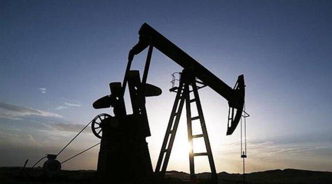 Petrol yükseldi, altında yatay seyir hakim