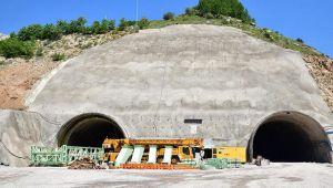 Türkiye'nin en uzun 3'üncü tüneli! Eğribel'de sona yaklaşıldı